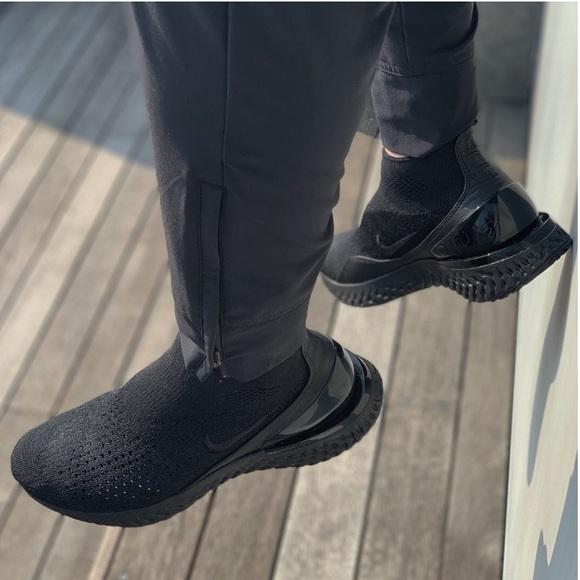 Mens Nike Rise React Flyknit Size 3
